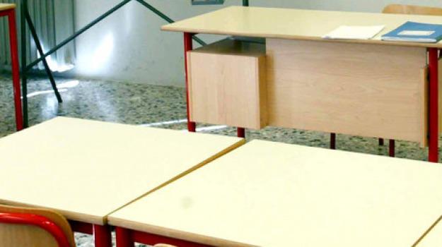 calabria, dispersione scolastica, Calabria, Economia