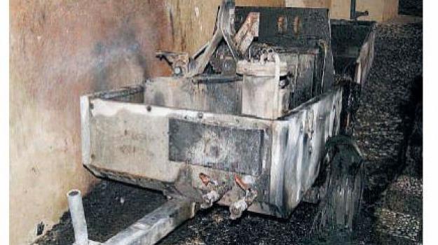 incendio escavatori, Messina, Archivio