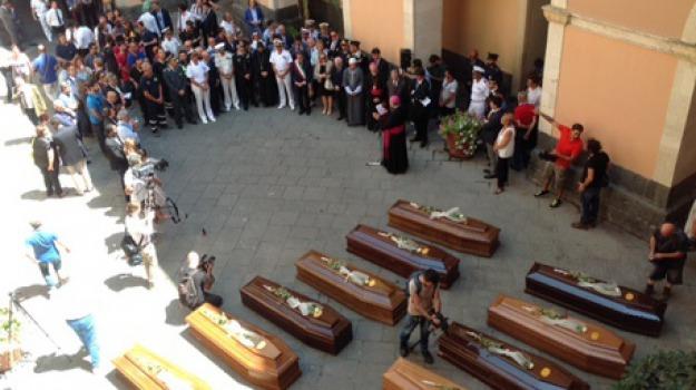funerali, naufragio, Sicilia, Archivio