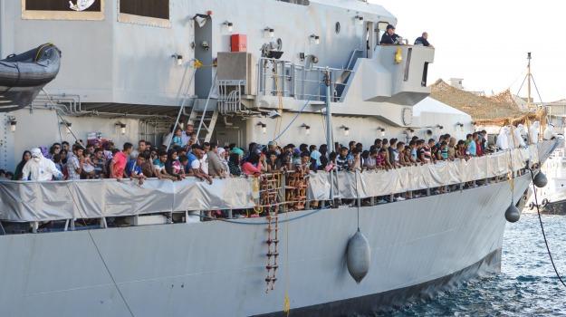 migranti, Messina, Archivio