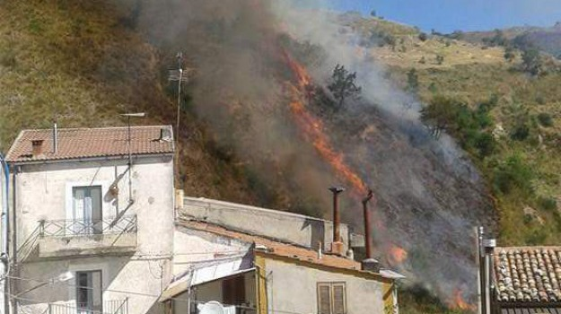 incendio, lungro, Calabria, Archivio