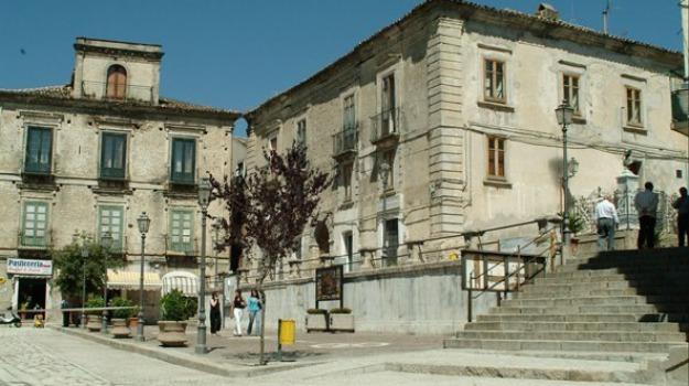 centro storico, crollo, petilia policastro, Catanzaro, Archivio