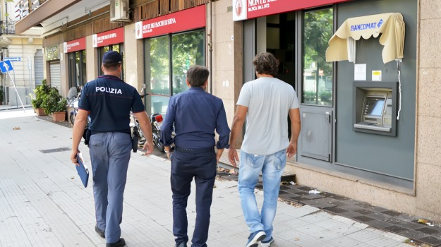 rapina monte paschi, Messina, Archivio
