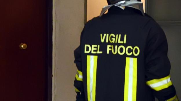 incendio in negozio, palermo, Sicilia, Archivio