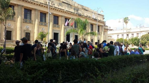 messina, tenda, tribunale, Messina, Archivio