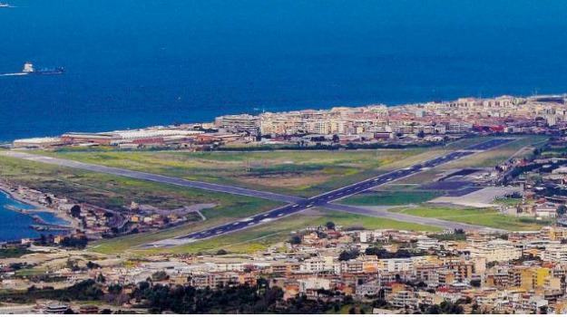 aeroporto dello stretto, reggio calabria, Reggio, Calabria, Archivio