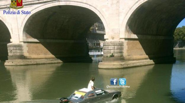 auto-barca, tevere, Sicilia, Archivio, Cronaca