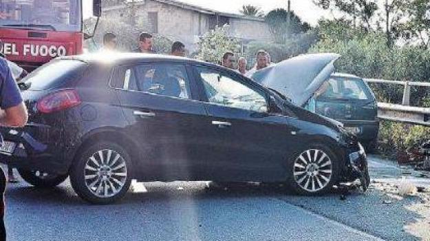 incidente stradale, polstrada, ss 18, Calabria, Archivio