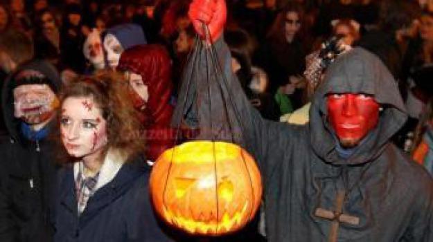 halloween, sindaco vieta, Sicilia, Archivio