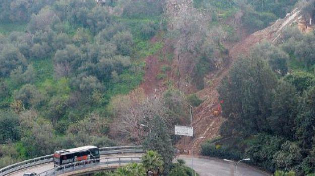 frana, taormina, Messina, Sicilia, Cronaca