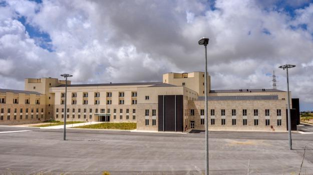 ance, Ospedale Giovanni Paolo II, ragusa, Revoca bando appalto, Sicilia, Archivio