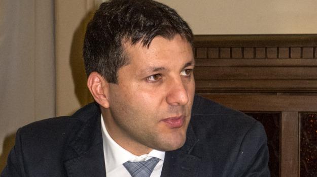 Federico Piccitto, piano sanitario, ragusa, Tar nega sospensiva, Sicilia, Archivio