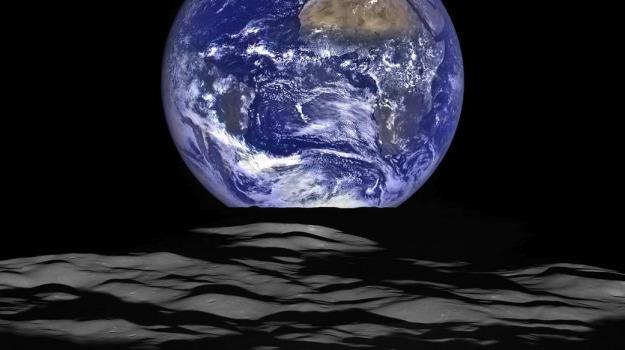 luna, terra, Sicilia, Archivio, Cronaca