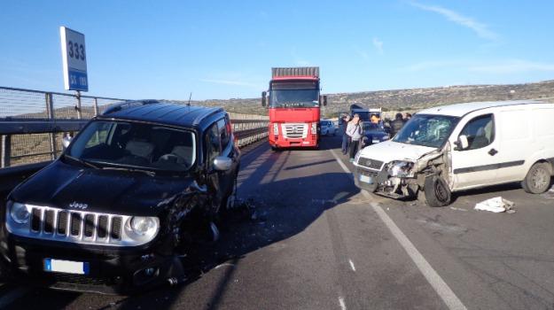 feriti, incidente stradale, modica, ragusa, Sicilia, Archivio
