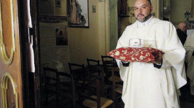 catanzaro, reliquie, Sant'Omobono, Catanzaro, Archivio