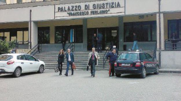 catanzaro, topo morto, tribunale, Catanzaro, Archivio