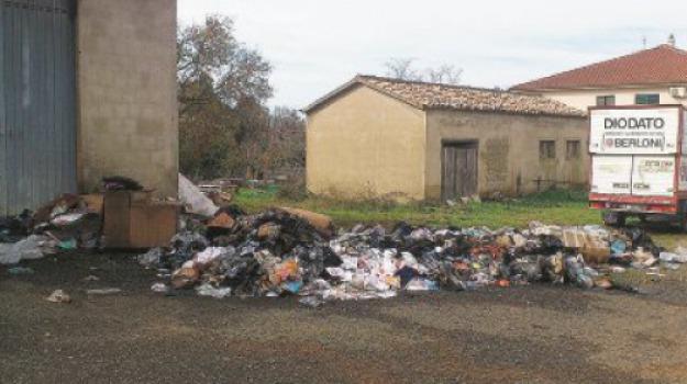 deposito, distrutto, filadelfia, incendio, Catanzaro, Archivio