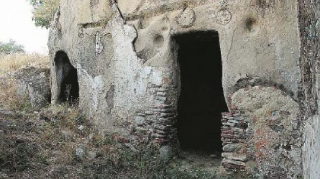 archeologia, brancaleone, grotte, Reggio, Calabria, Archivio