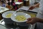 Servizio mense scolastiche, a Cosenza e Rende niente paga per i dipendenti