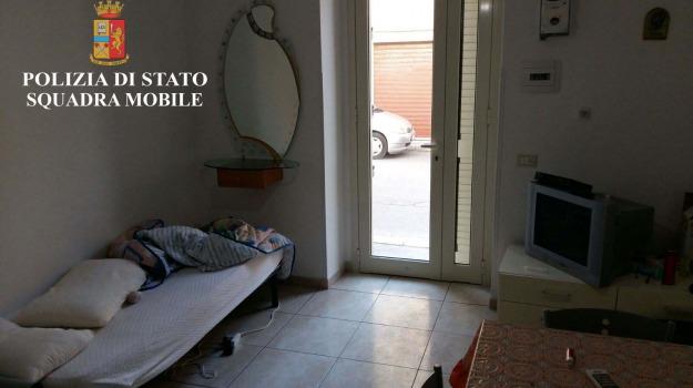 casa d'appuntamento, polizia, scicli, Sicilia, Archivio