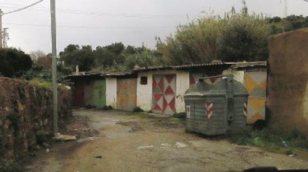 stalle in città, Messina, Archivio