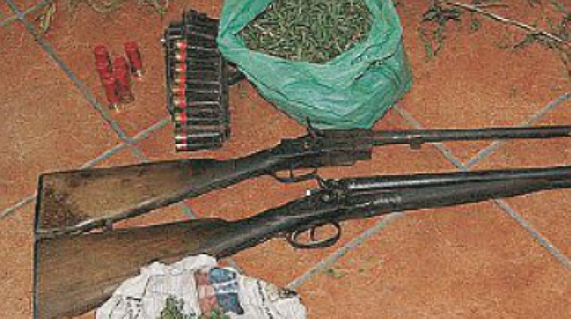 armi, armi e droga, limina, messina, Messina, Archivio