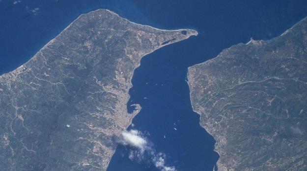 area integrata dello stretto, messina-reggio calabria, rotary, Reggio, Calabria, Economia