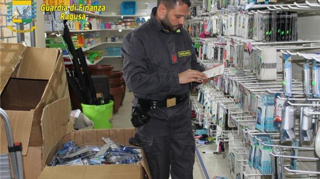 ispica, Marchio Ce contraffatto, Pezzi elettrici, Sequestro Finanza, Sicilia, Archivio