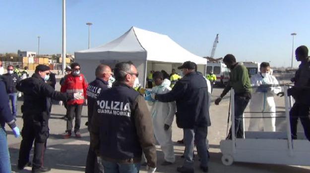 Espulsi presunti scafisti, ragusa, Sicilia, Archivio