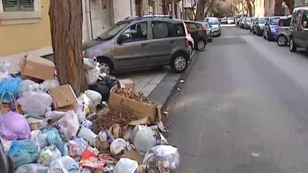 emergenza rifiuti Sicilia, piano rifiuti, rifiuti sicilia, Nello Musumeci, Sicilia, Cronaca