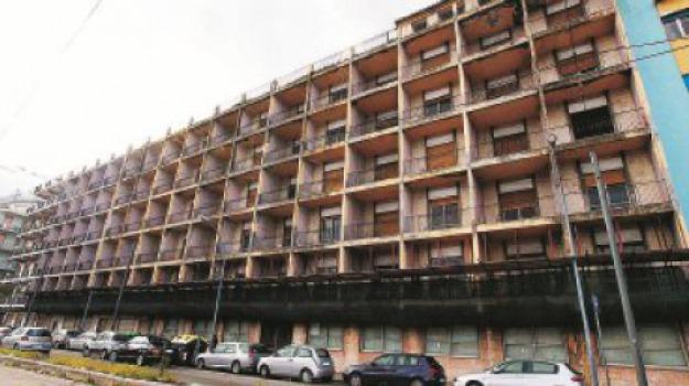 riviera hotel, Messina, Archivio
