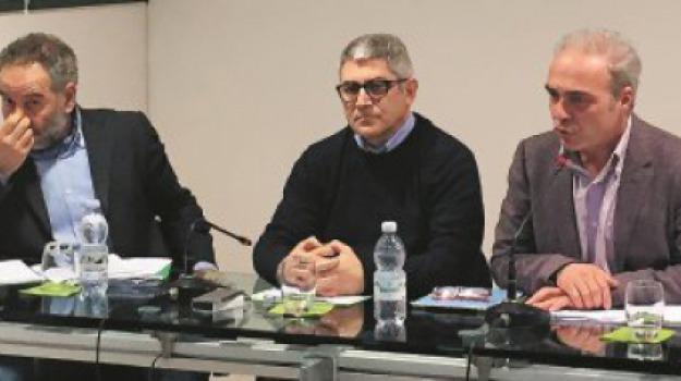 sindacati contro giunta accorinti, Messina, Archivio