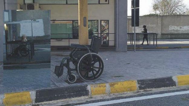 sedia a rotelle, Messina, Archivio