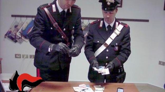 arresto carabinieri, Piazza San Giovanni, ragusa, spaccio droga, Sicilia, Archivio