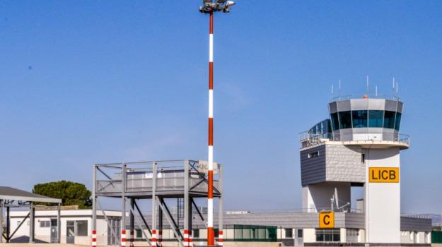 aeroporto, comiso, Controllori di volo, enav, Sicilia, Archivio