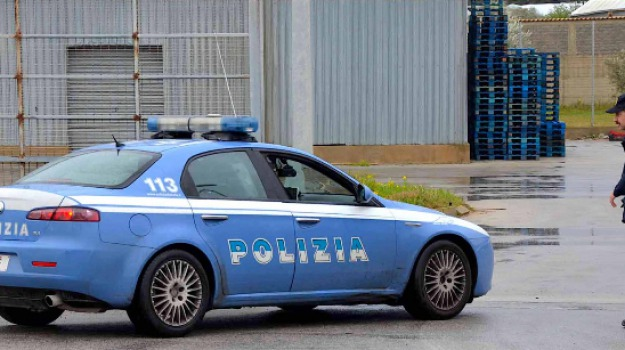 Centri confezionamento prodotti agricoli, Sequestrata azienda, Verifiche Polizia, vittoria, Sicilia, Archivio
