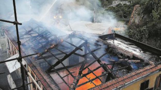 incendio scuola, Messina, Archivio