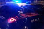 Fiamme nella notte a Corigliano-Rossano, incendiati sette veicoli di cittadini stranieri