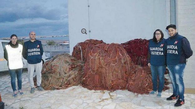 sequestro rete da pesca, Messina, Sicilia, Archivio