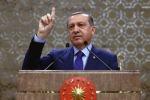 """Regge la tregua in Siria, ma Erdogan torna a minacciare: """"Spaccheremo le teste dei terroristi"""""""