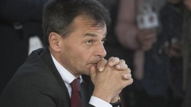 manovra governo, Stefano Fassina, Sicilia, Politica