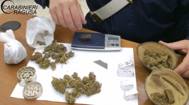 arresto, carabinieri, droga, hascisc, Luca La Rosa, marijuana, ragusa, Sicilia, Archivio