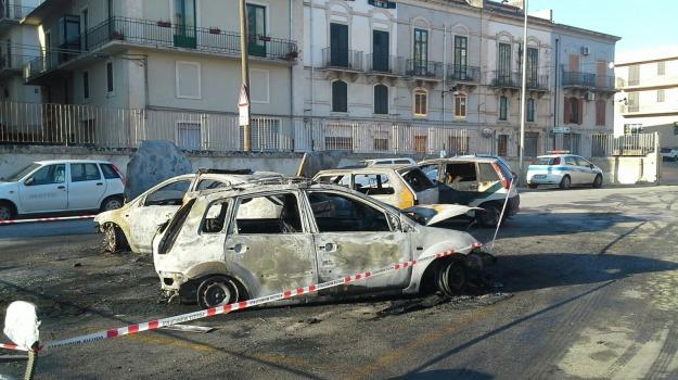 incendio auto, municipio scicli, polizia locale, vigili urbani, Sicilia, Archivio