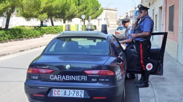 Arrestato dai carabinieri, evasione domiciliari, vittoria, Sicilia, Archivio