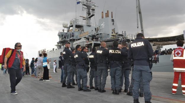 arrestati due scafisti, pozzallo, sbarco migranti, Sicilia, Archivio