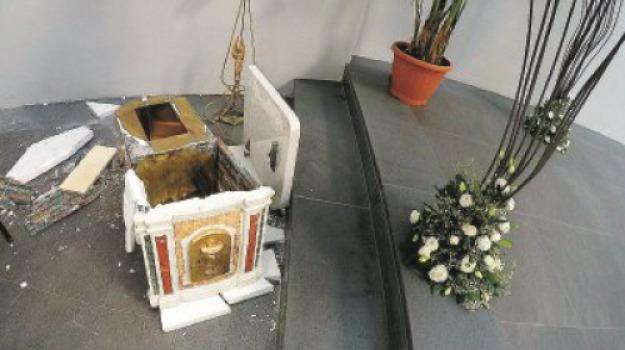 parrocchia s. elena, Messina, Archivio