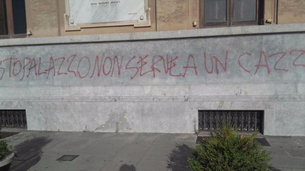 bomba carta a zanca, Messina, Sicilia, Archivio