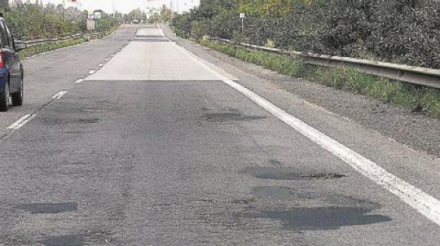a18, autostrada, cas, catania, messina, Messina, Sicilia, Archivio