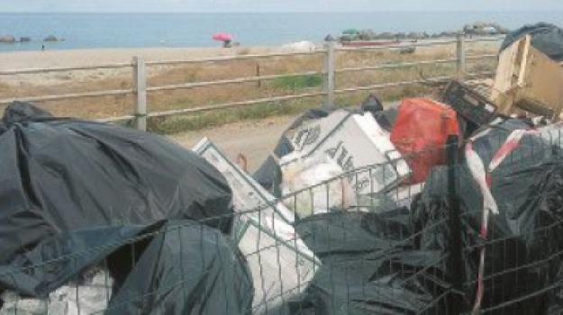 messina, rifiuti, Messina, Archivio