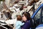 """Renzi """"Il sisma ha spezzato 120 vite"""""""